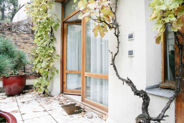 Secluded Terraced house 62m2+garden, Ménilmontant! - Paris - House