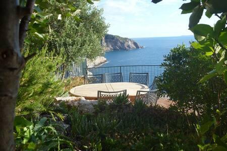 Cala Piccola Cliff Cottage