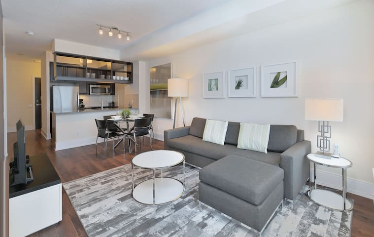 1 Bd/1 Bth-Ready-Move-In-Etobicoke-Dundas/Kipling