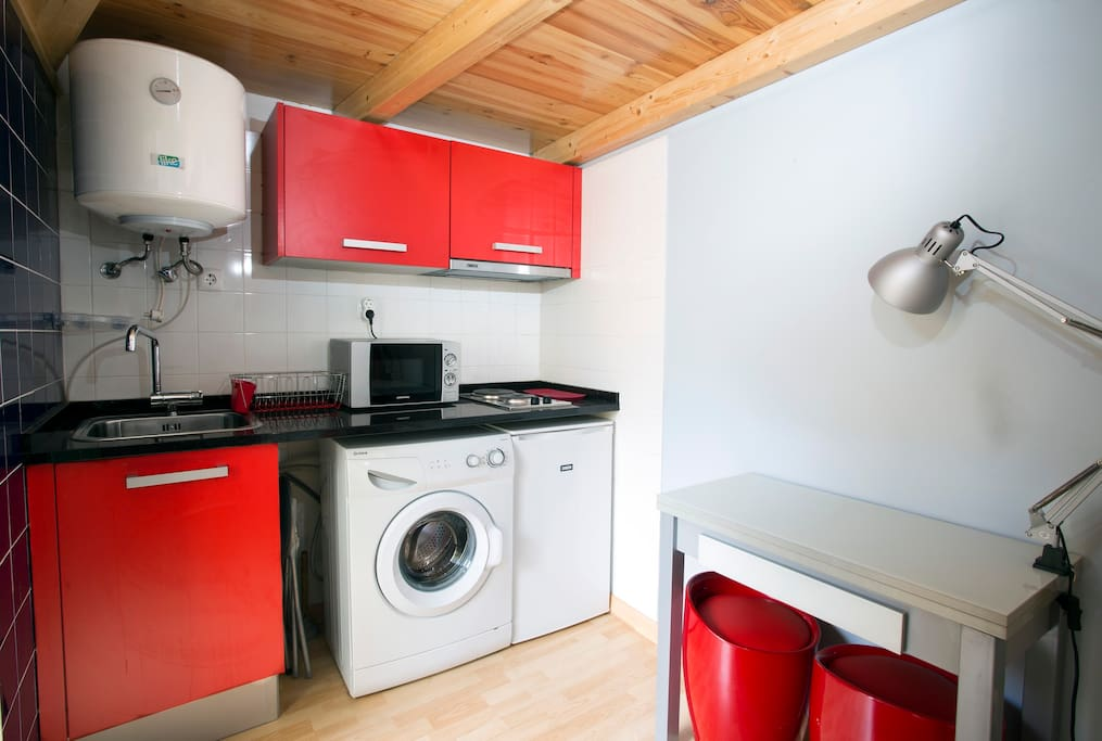 Fully equipped Kitchen  - Ideal for that tasty breakfast.