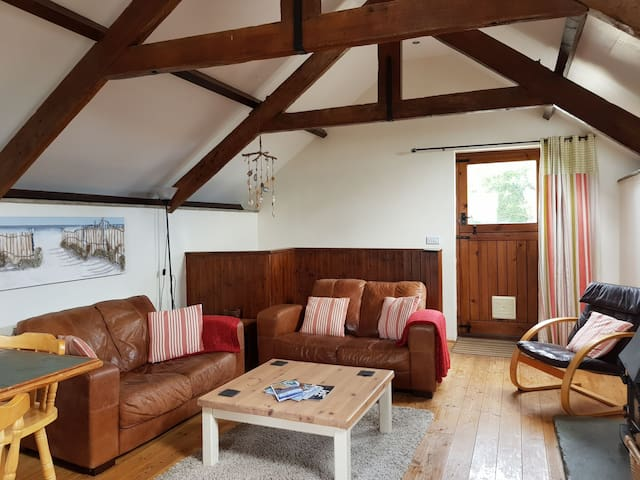 Converted Hayloft with logburner near Newquay