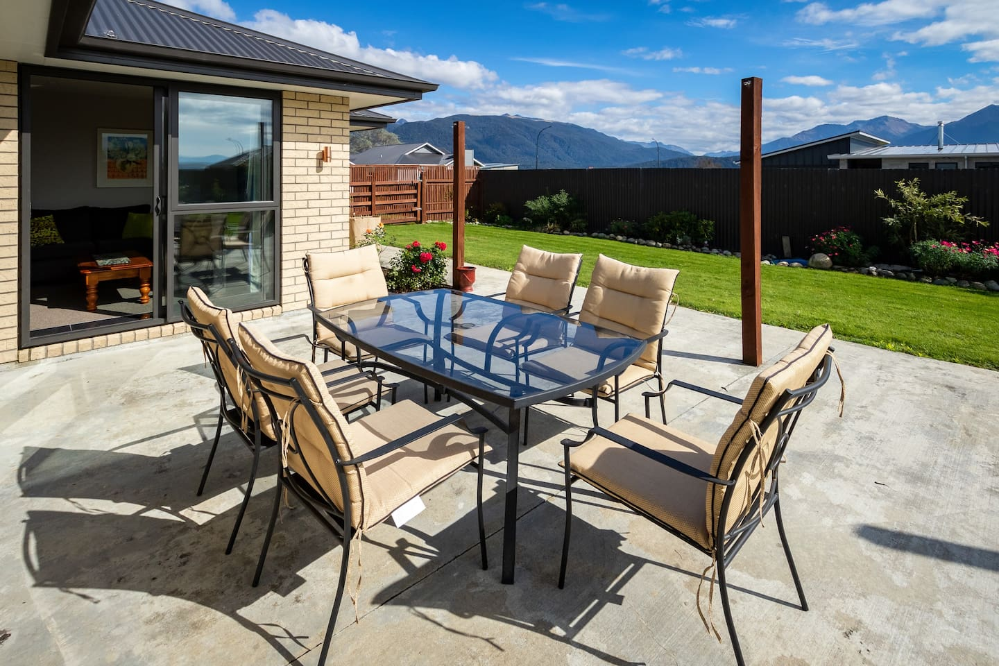 Hartview Haven - Te Anau Holiday Home
