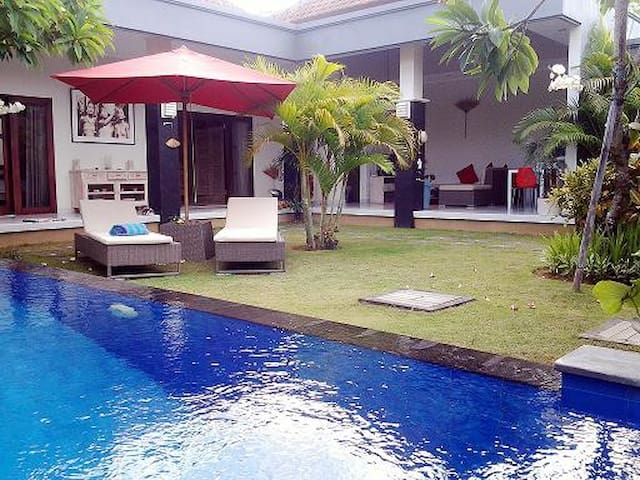 2 BDR Villa with Pool 400M from the Seminyak Beach