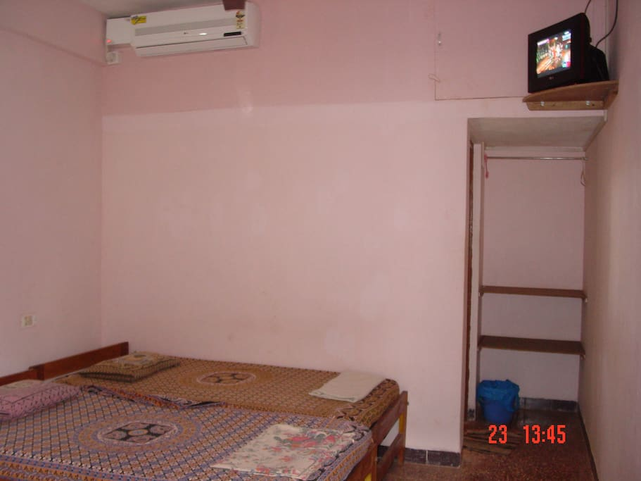 A/c and Non A/c Room With Tv, Fridge and Hot Shower