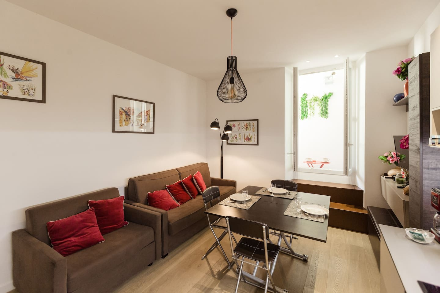 Beau studio max. 3 pers, climatisé, neuf, calme / Cozy studio, fully air-conditioned
