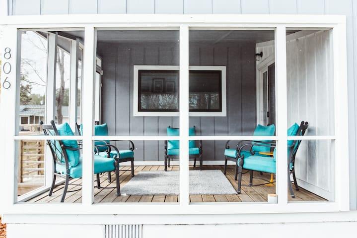 Wow!!-Newly renovated Carolina Beach Cottage