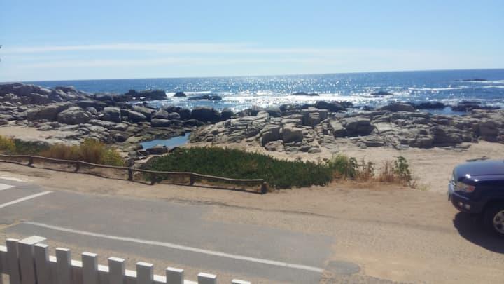 Casa frente al mar en Maitencillo