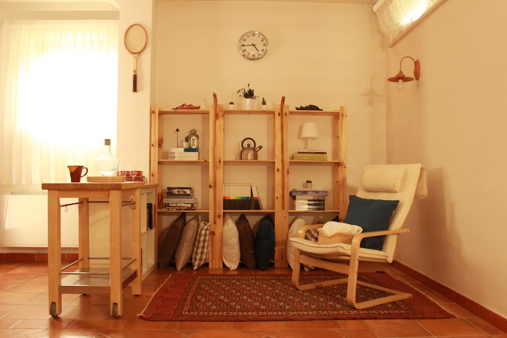 Angolo lettura / Reading corner