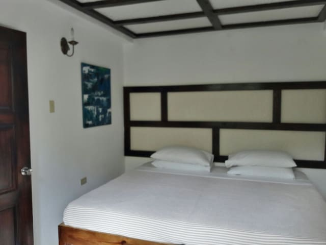 Choice of large double or two singles beds.