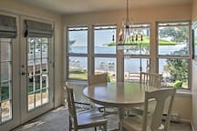 Classic Beachfront Cottage w/Views in Port Austin