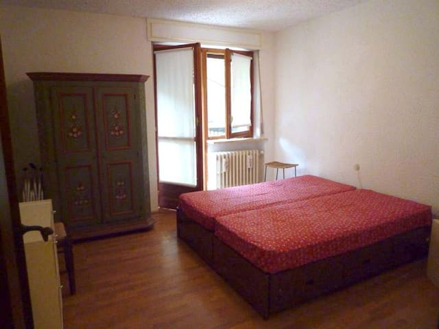 Luminisissimo e ampio bilocale - Sauze - Appartement