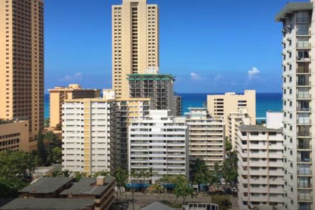 Waikiki Beach Club 2br Free Wifi And Parking Apartments For Rent In Honolulu Hawaii United