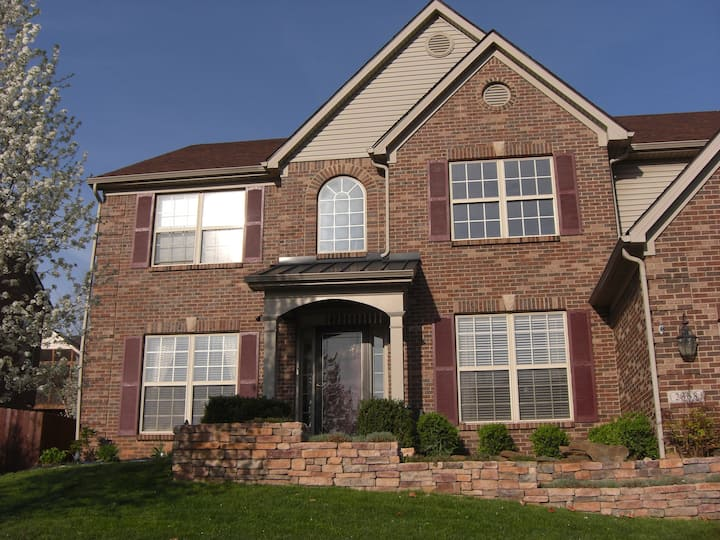 Your Home Away from Home (6 Beds, 2.5 Baths)