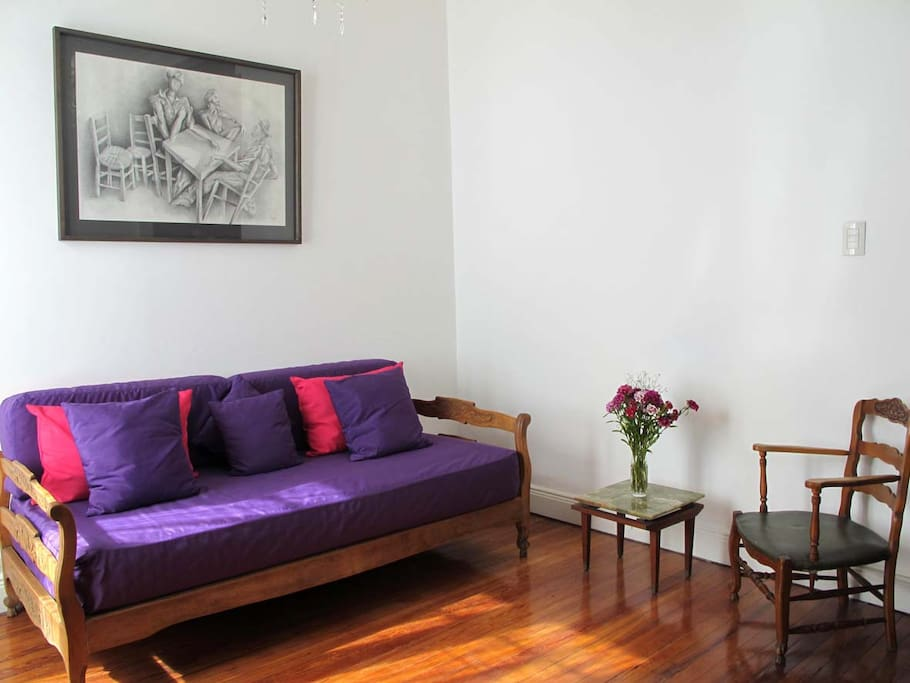 Charming And Fresh Old Style Studio Apartments For Rent