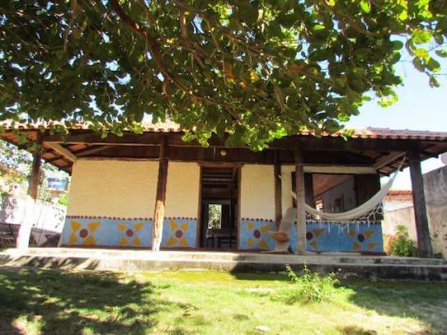 Casa Grande e Arejada com Mezanino
