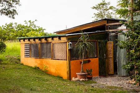 A Jungalo not far from the beach - Cabo Rojo - Chalet