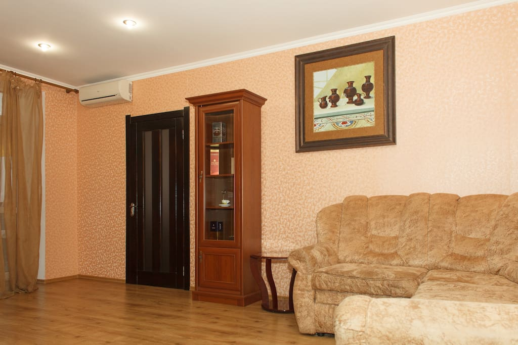 2 bedroom apartment in the center o