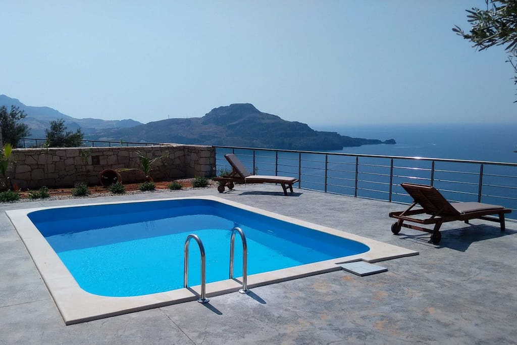 Splendid view from the terrace and the swimming pool.