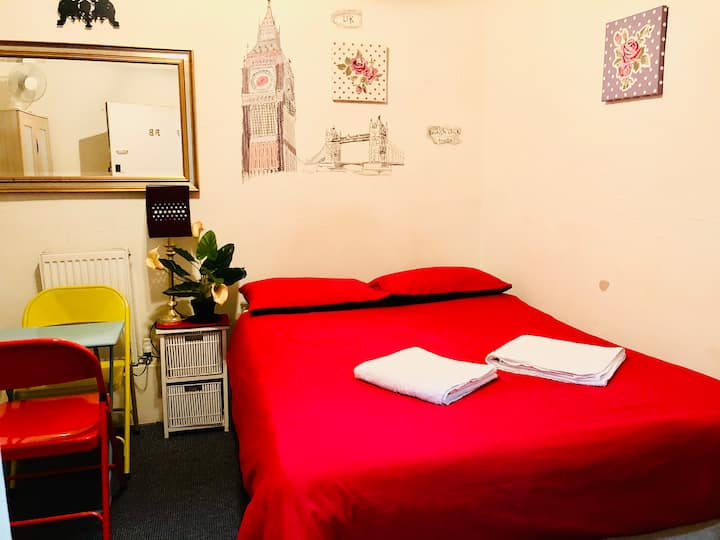 Central London Hyde Park Private Studio