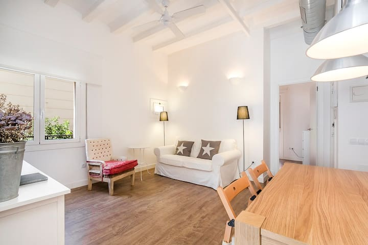 Nice & Cute Apartment In Poblenou