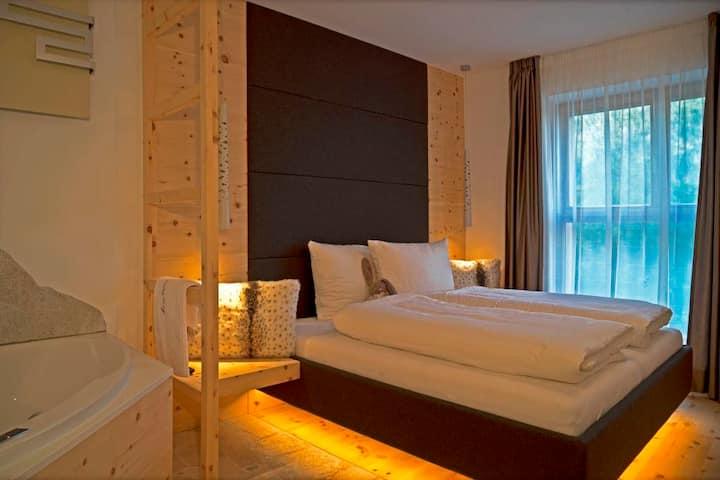 LA VIE DELUXE - 62 m², Whirlpool + CASCADE inkl.