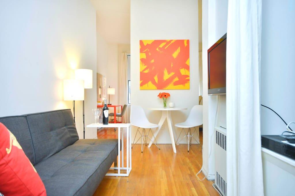 Charming Designer Suite in Midtown