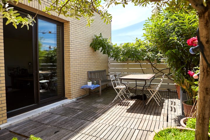 LOFT & TERRACE Paris/Montreuil 10min from downtown