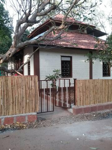 Revandi Heritage Home Near The Sea ...