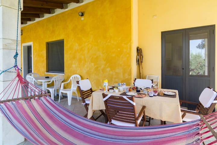 SaRDiniAOvest coast b&b A Villa Ada - Arborea - Bed & Breakfast
