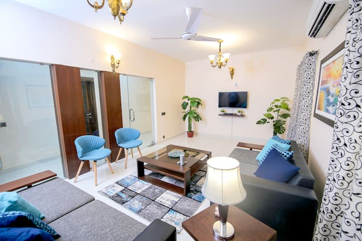 EntireHome-FullyFurnished 3Bedroom!3TALWAR CLIFTON