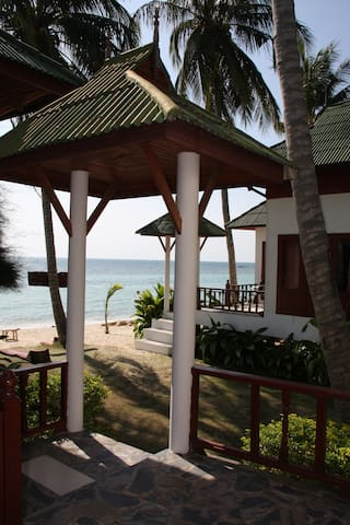 Bungalow with sea view for  4 pers