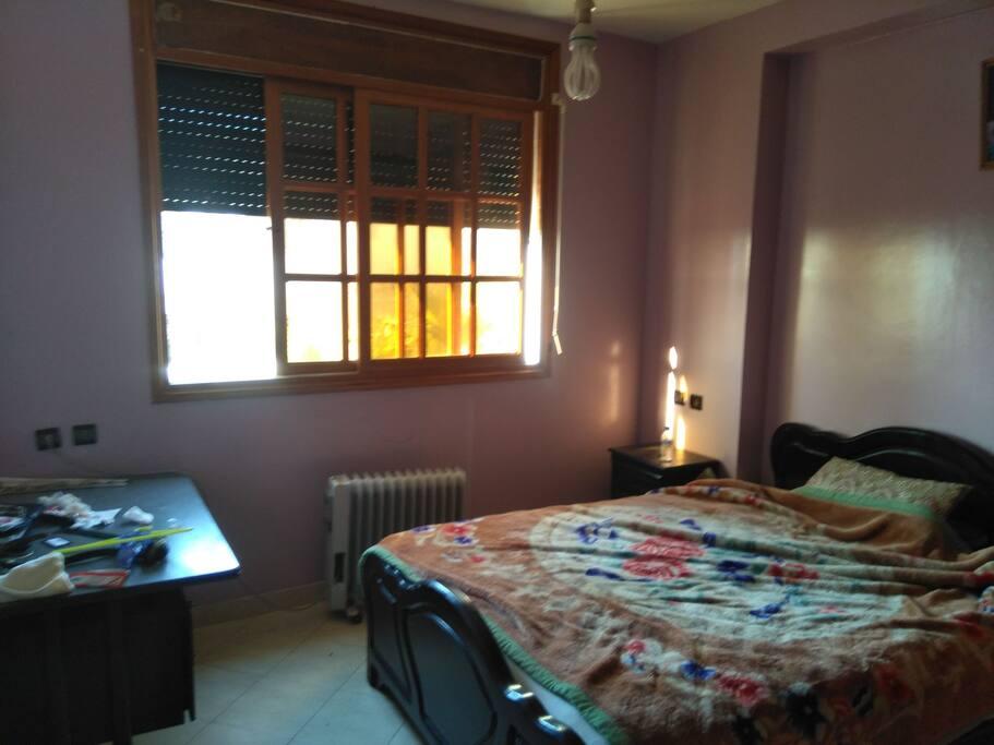 chambre 1 avec bureau,wifi...