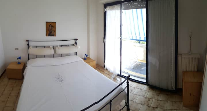 2 Pokoje + salon z kuchnia Pedaso blisko morza