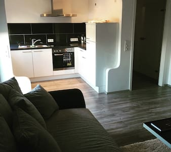 Moderne 55qm Wohnung mit Balkon - Essen - Lägenhet