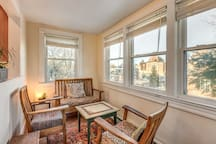The cozy breakfast nook with fabulous views from the hill top