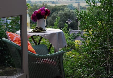 Private garden studio hideaway on the South Downs - South Heighton - 小屋