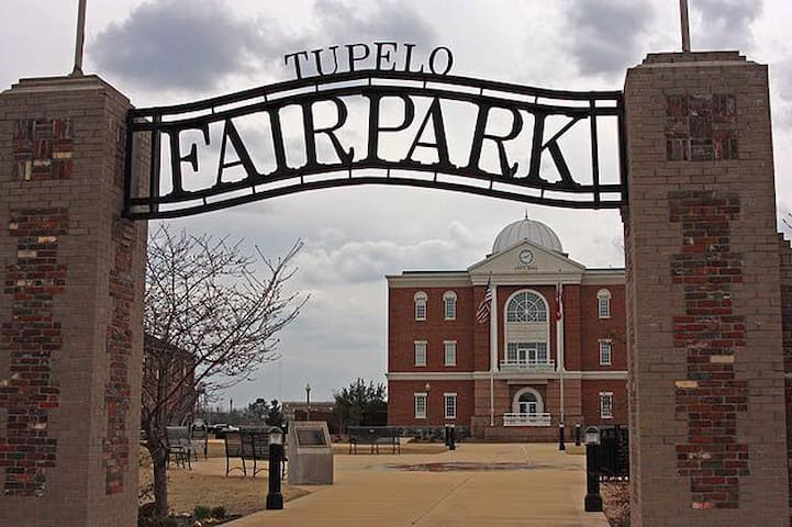 Fairpark, Downtown Tupelo - Tupelo - Ev