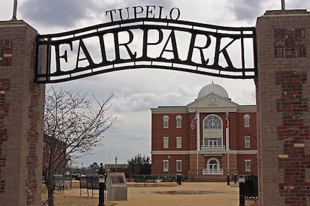 Fairpark, Downtown Tupelo - Tupelo - 獨棟