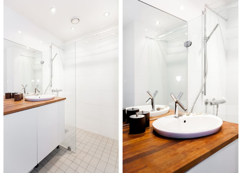 White as snow, lately renovated bathroom.