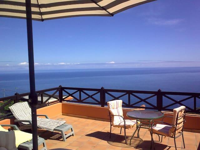 House with sea views - Garachico - Hus