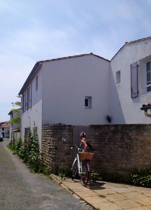 Vue de la maison coté rue