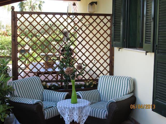 VILLA DEL SOLE FEEL AT HOME - Marina - Dům