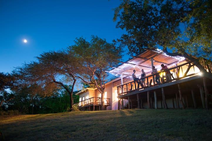 Mkhulu's House - Hluhluwe - Casa