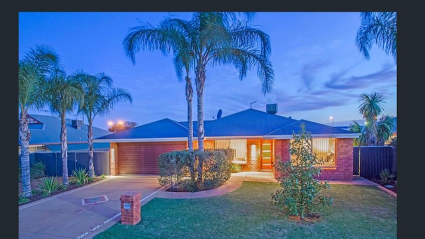Beautifully presented house in Kalgoorlie