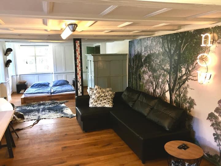 African Style-Apartment in Schweizer Riegelhaus