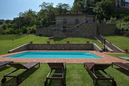 Le mura de'Medici, luxury Villa - Fivizzano