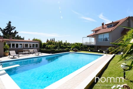 270m² homm Luxury Villa with big pool in Lagonisi