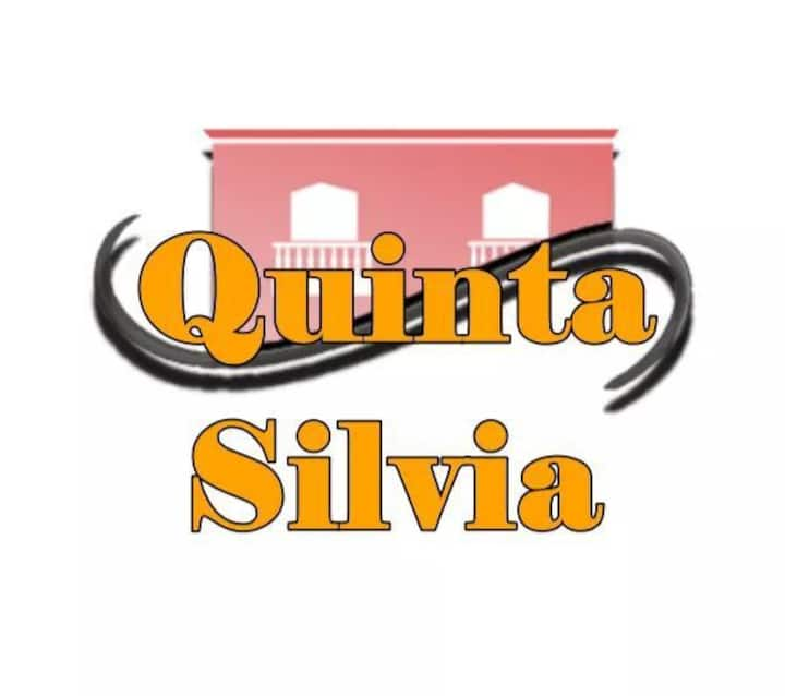 """""""Quinta Silvia""""  Departamentos enteros"""