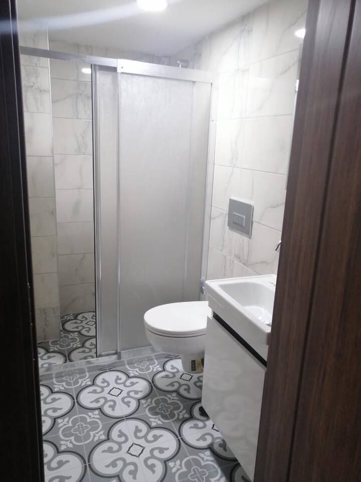 Otağ Hotel  nextto Historical GRAND BAZAR  2 pax