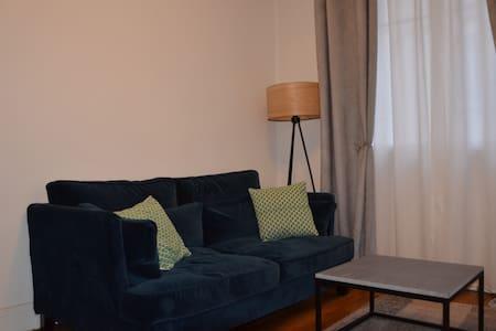Clean and cosy one bedroom flat - Saint-Mandé